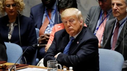 """May mắn có tiếp tục """"mỉm cười"""" với Tổng thống Trump trong năm 2019? - Ảnh 1."""