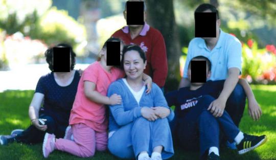Những người cho nữ giám đốc tài chính Huawei mượn tiền tại ngoại - Ảnh 1.