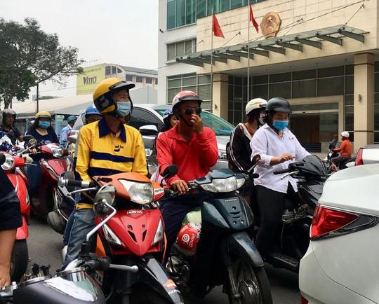 Thực hư hãng gọi xe thuần Việt áp chiết khấu 35% với tài xế - Ảnh 1.