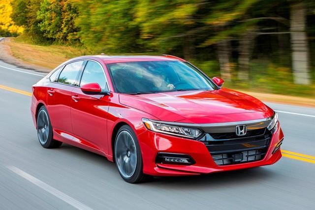 Không chỉ Việt Nam, cả thế giới cũng đang cuồng xe sedan của Nhật Bản - Ảnh 8.