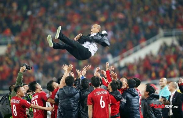 Bầu Đức đi vào lịch sử bóng đá Việt Nam như thế nào? - Ảnh 11.