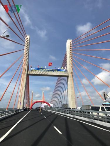 Ngắm toàn cảnh cao tốc Hạ Long - Vân Đồn 12.000 tỷ xuyên vùng Đông Bắc  - Ảnh 3.