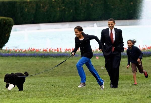 Luôn được mệnh danh là ông bố vĩ đại, Barack Obama chia sẻ bí quyết dạy con cực kỳ thú vị: Người làm cha nhất định phải tham khảo!  - Ảnh 4.