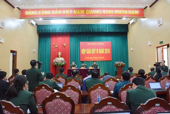Bộ Quốc phòng tổ chức lại 4 cơ quan chiến lược, giải thể 14 lữ đoàn - Ảnh 1.