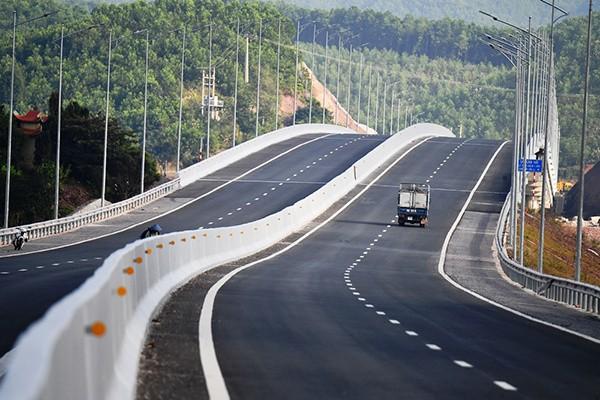Quảng Ninh: Khai trương, thông tuyến 3 dự án giao thông trọng điểm trị giá trên 20.000 tỷ đồng do Sun Group đầu tư - Ảnh 3.