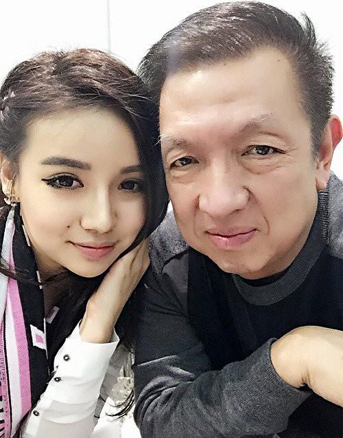 Con gái tỷ phú Singapore: Cuộc sống nhung lụa, bạn thân của Ronaldo và con trai nhà Tân Hoàng Minh - Ảnh 1.