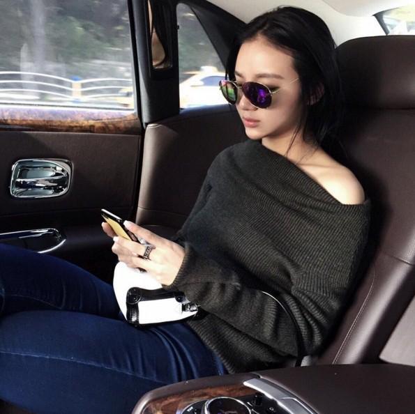 Con gái tỷ phú Singapore: Cuộc sống nhung lụa, bạn thân của Ronaldo và con trai nhà Tân Hoàng Minh - Ảnh 13.