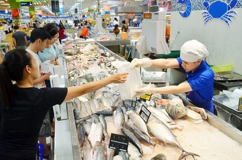 Thủy sản xuất khẩu vẫn khó bán nội địa - Ảnh 1.