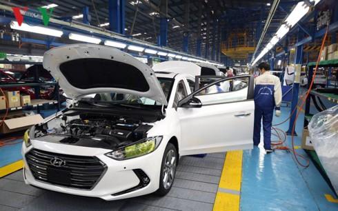 Công nghiệp hỗ trợ yếu kém sẽ khó có ô tô giá rẻ - Ảnh 1.