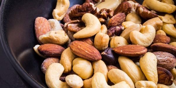 7 kiểu kết hợp thực phẩm trong ăn uống mọi người luôn nghĩ tốt cho sức khỏe, nhưng lại có thể gây nên rắc rối  - Ảnh 5.