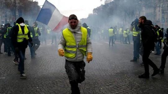 Pháp: Bạo loạn tiếp diễn, số người bị bắt tăng vọt - Ảnh 7.