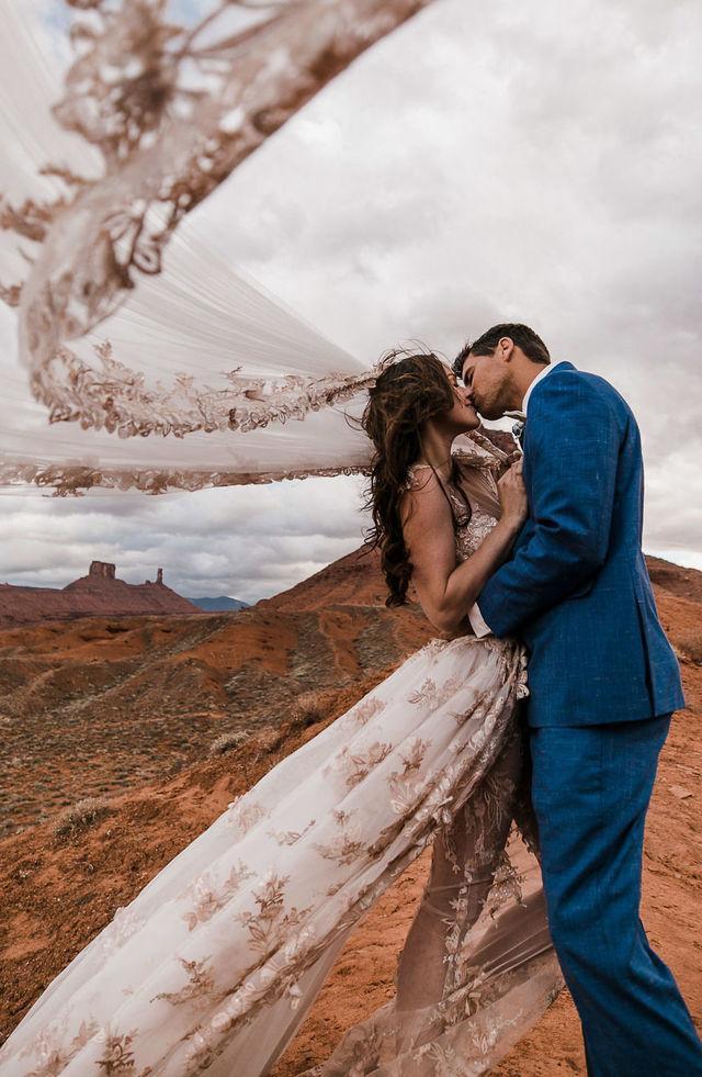 Chiêm ngưỡng đám cưới tuyệt vời giữa lưng trời, điều lãng mạn cặp đôi nào cũng mơ ước - Ảnh 8.