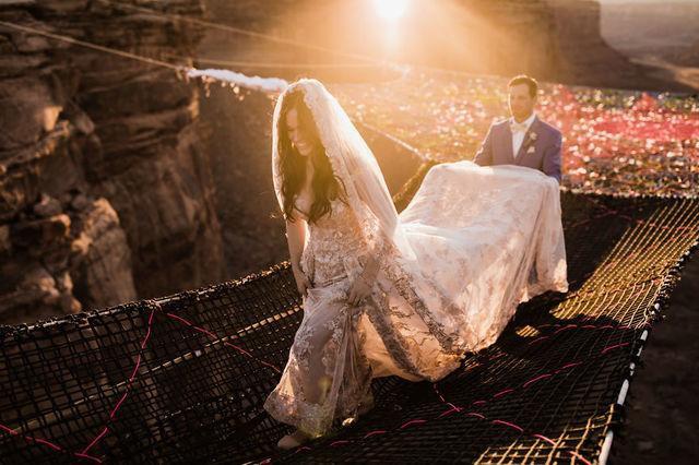 Chiêm ngưỡng đám cưới tuyệt vời giữa lưng trời, điều lãng mạn cặp đôi nào cũng mơ ước - Ảnh 3.