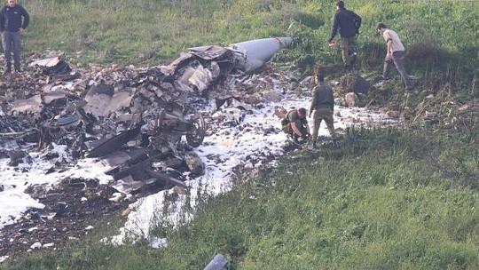 Chiến đấu cơ Israel bị Syria bắn hạ - Ảnh 2.
