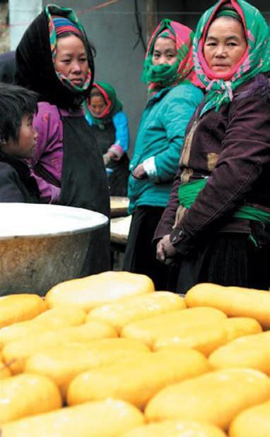 Cũng ăn Tết Nguyên Đán, nhưng các dân tộc vùng núi có những món vô cùng đặc sắc và lạ lẫm - Ảnh 1.