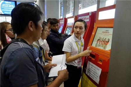 Lãnh đạo Cục Hàng không thị sát hoạt động mùa cao điểm Tết tại sân bay - Ảnh 2.