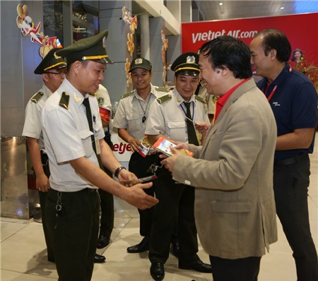 Lãnh đạo Cục Hàng không thị sát hoạt động mùa cao điểm Tết tại sân bay - Ảnh 8.