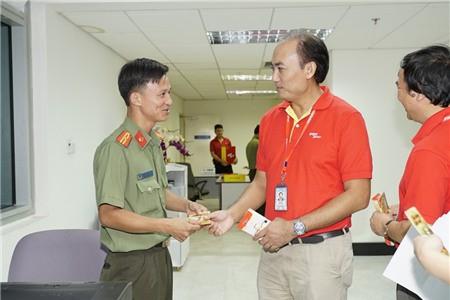 Lãnh đạo Cục Hàng không thị sát hoạt động mùa cao điểm Tết tại sân bay - Ảnh 10.