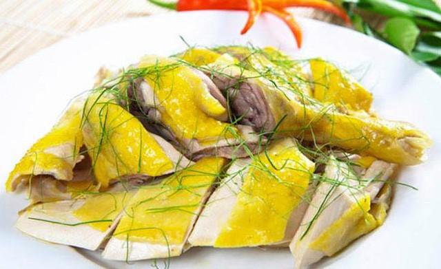 Theo Đông y thì thịt gà chữa được vô khối bệnh: Tết này hãy tận dụng nếu chẳng may mắc những bệnh sau - Ảnh 2.