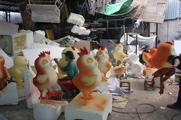 Nhìn lại hình ảnh những linh vật ở đường hoa Nguyễn Huệ trong 5 năm trở lại đây - Ảnh 11.