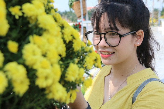 Khoác áo hoa ngày Tết, quảng trường Tam Kỳ đẹp lộng lẫy - Ảnh 9.