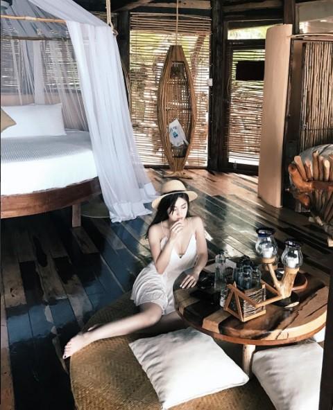 Mỏi mắt ngắm những chiến tích mua sắm của các tiểu thư Hội con nhà giàu Việt - Ảnh 3.