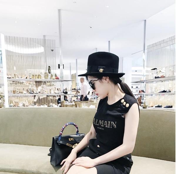 Mỏi mắt ngắm những chiến tích mua sắm của các tiểu thư Hội con nhà giàu Việt - Ảnh 5.