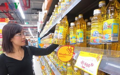 """Hàng ngoại có """"át"""" được hàng nội tại thị trường Việt Nam? - Ảnh 1."""