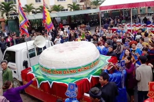 Sầm Sơn xin dâng bánh giầy 3 tấn dịp giỗ tổ Hùng Vương - Ảnh 1.