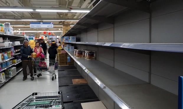 Khủng hoảng giấy vệ sinh, người Đài Loan tranh nhau quét sạch siêu thị - Ảnh 1.