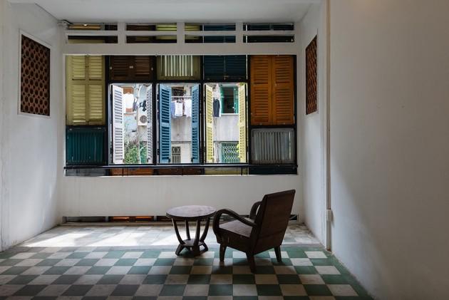 Nằm nghe nắng mưa qua những ô cửa đa sắc của ngôi nhà độc đáo ở Quận 3 Sài Gòn - Ảnh 16.