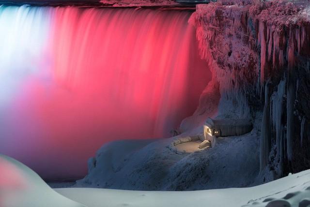 Chiêm ngưỡng bức ảnh thác Niagara vào mùa đông băng giá: cứ ngỡ chụp ở hành tinh nào khác! - Ảnh 2.