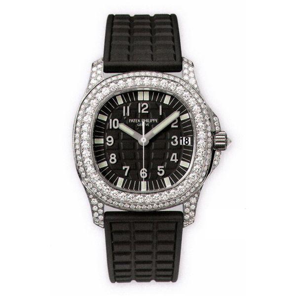Ngoài chiếc Hublot hơn 400 triệu sắm để chơi Tết, BST đồng hồ đáng mơ ước của HH Kỳ Duyên còn có những gì? - Ảnh 11.