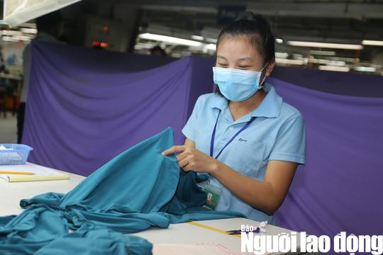 Hiệp hội Dệt may Việt Nam phản ứng việc điều chỉnh tỉ lệ lương hưu - Ảnh 2.
