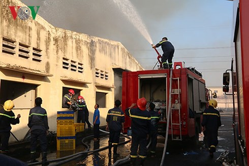 Cháy lớn tại Khu công nghiệp Biên Hòa 2 - Ảnh 3.
