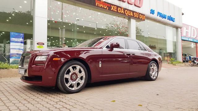 Cận cảnh Rolls-Royce Ghost biển ngũ quý 1 được rao bán lại giá 11,5 tỷ đồng - Ảnh 4.