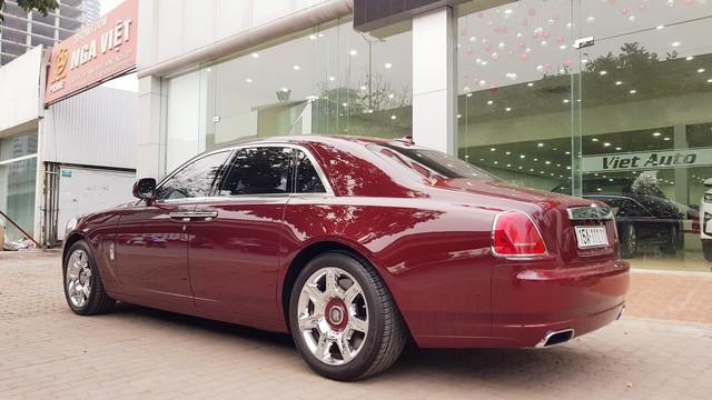 Cận cảnh Rolls-Royce Ghost biển ngũ quý 1 được rao bán lại giá 11,5 tỷ đồng - Ảnh 6.