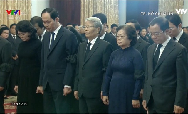 Nhiều đoàn lãnh đạo đến viếng cố Thủ tướng Phan Văn Khải tại Hội trường Thống Nhất - Ảnh 18.