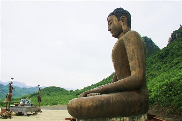 Bí ẩn về vị tỷ phú ăn chay Xuân Trường, người âm thầm xây dựng các dự án tâm linh mang tầm địa cầu - Ảnh 2.