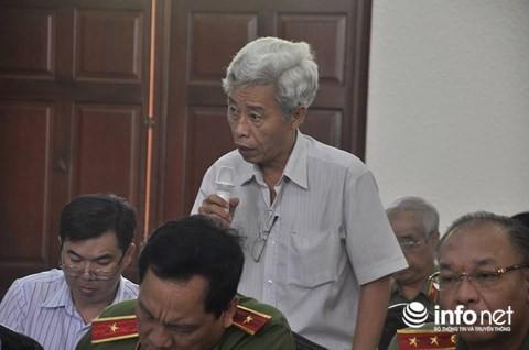 Bí thư Thành ủy Nguyễn Thiện Nhân chủ trì họp báo về vụ cháy chung cư Carina - Ảnh 2.