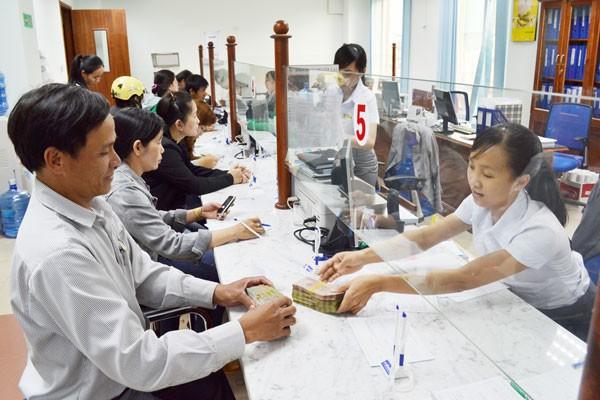 Tương lai ngành ngân hàng qua góc nhìn của CEO HSBC Việt Nam: Những chi nhánh không người, 90% công việc sẽ bị thay thế bởi máy móc - Ảnh 1.