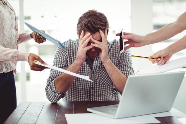 Nếu môi trường làm việc của bạn có 5 dấu hiệu này, hãy xem xét nghỉ việc sớm! - Ảnh 2.