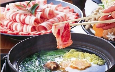 Thịt ngoại siêu rẻ tràn vào thị trường Việt - Ảnh 1.
