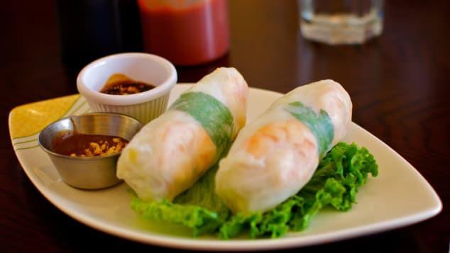 Việt Nam có 2 cái tên 'huyền thoại' lọt top 50 món ăn ngon nhất thế giới - Ảnh 1.