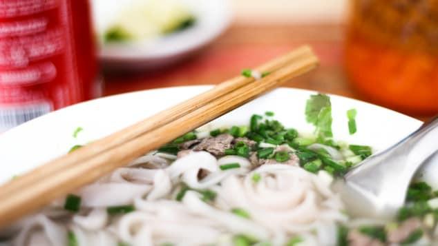 Việt Nam có 2 cái tên 'huyền thoại' lọt top 50 món ăn ngon nhất thế giới - Ảnh 2.