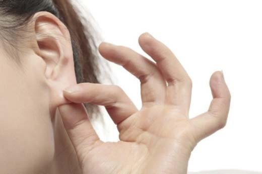 Nhìn tai bắt bệnh: Những dấu hiệu nguy hiểm bạn không ngờ - Ảnh 3.