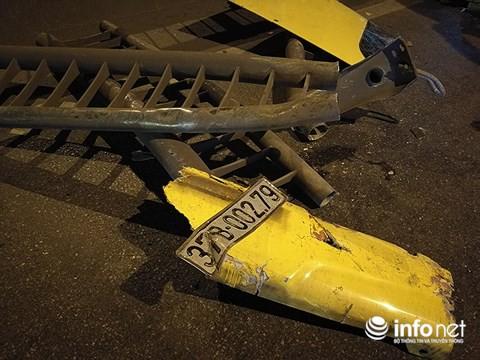 Hà Nội: Xe khách gây tai nạn đường trên cao lúc đêm khuya, hành khách hoảng loạn - Ảnh 9.