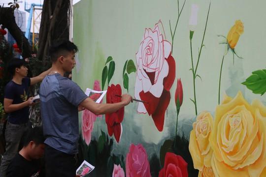 Ngắm 1.000 cây hoa hồng khoe sắc, tỏa hương Ngày quốc tế phụ nữ - Ảnh 15.
