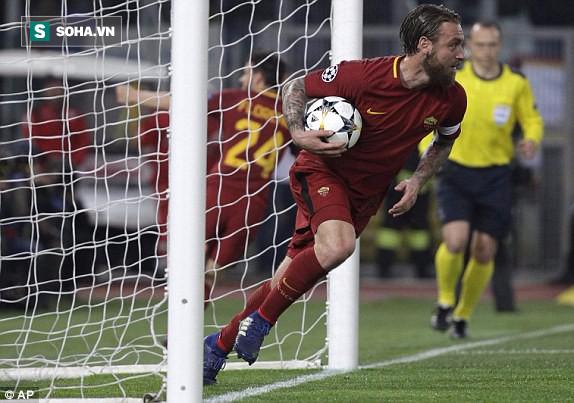 Chấn động: Barcelona bị loại đầy cay đắng sau cuộc lội ngược dòng không tưởng của AS Roma - Ảnh 2.