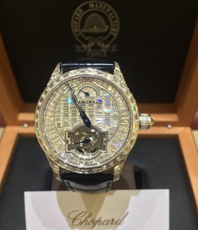 Thêm một đại gia Việt chi tới 14 tỷ đồng để sở hữu đồng hồ Chopard phiên bản giới hạn, cả thế giới có 10 chiếc! - Ảnh 3.